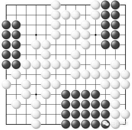 三子棋必胜方法图-黑棋的活棋子数为:50+10+10+10+9=89   由于是13路棋盘,一共有13图片
