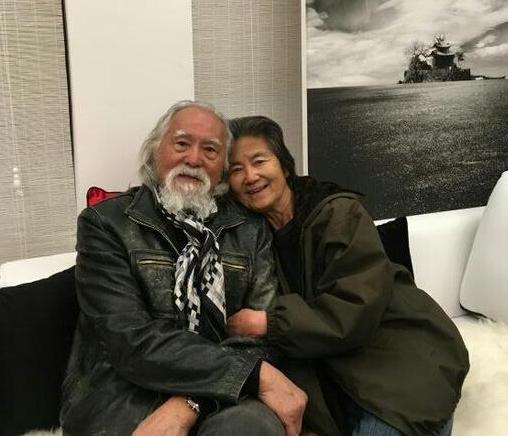 80岁王德顺与老伴相守48年 秀恩爱终极篇