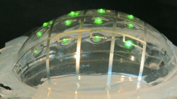 研究人员用液态金属打造出柔性电路