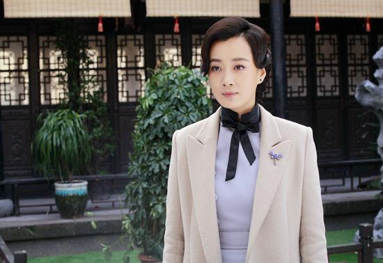 《我的爱情撞上了战争》徐梵溪诠释大家闺秀(图)图片