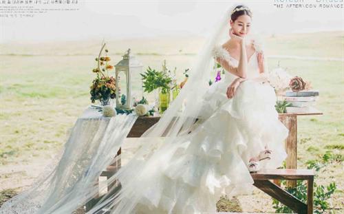 (郑州婚纱摄影排名前十名,外景婚纱照逆光35度写真)-河南郑州拍