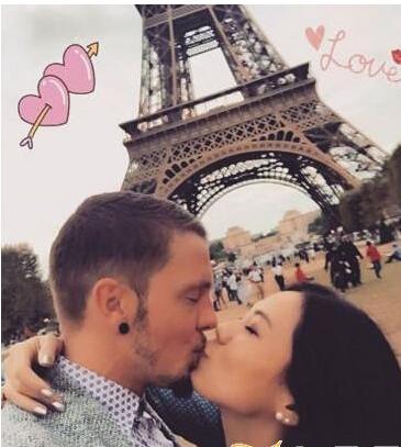 蔡健雅巴黎铁塔下接吻男友叫什么名字