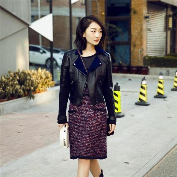 周冬雨最新街拍逆袭 小个子街拍时尚也有春天真的超