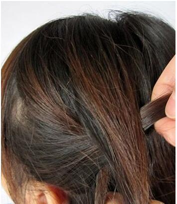 女生大爱发型 韩式蝎子发型扎发图解 让你轻松掌握蝎子辫编发的技巧