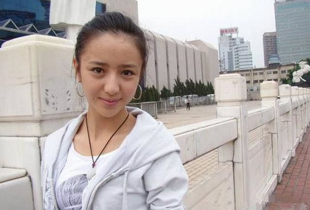 娱乐圈女星素颜谁最美?赵丽颖排第七 钟欣潼第一名!