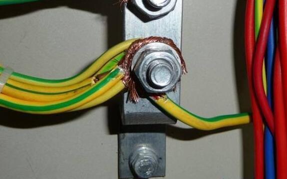 低压配电柜接线图纸