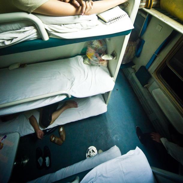 硬卧和软卧图片_火车软卧比硬卧舒服很多吗,有什么区别