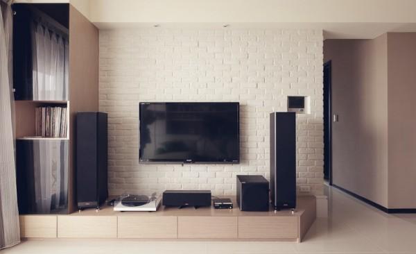 电视墙加木格栅造型延伸
