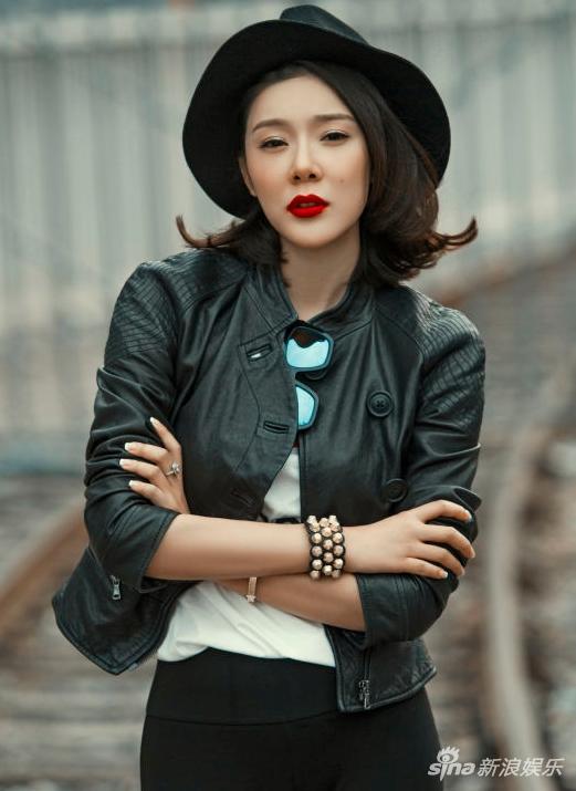 林丹在妻孕期出轨高虎前嫩模女友赵雅淇图片
