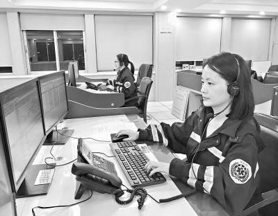 经过120接线员刘清26分钟的电话指导