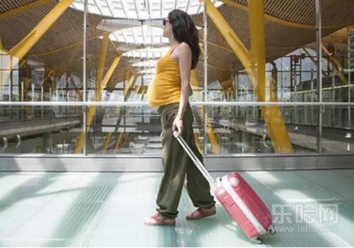 怀孕七个月可以坐飞机吗