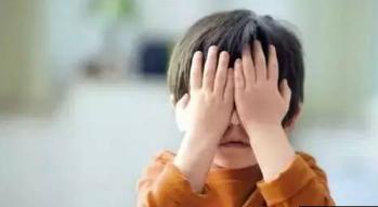 8岁女孩让妈妈杀了自己 深圳少儿抑郁逐年增多 少儿抑郁的三大表现