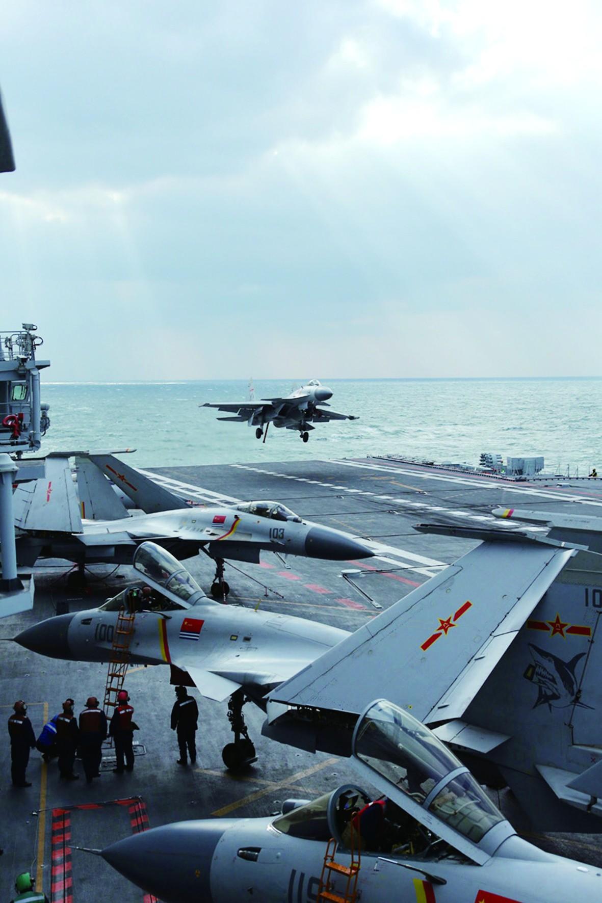 中国航母编队赴南海_中国航母战斗群赴西太远航 与美俄比怎么样?_中国军情_军事 ...