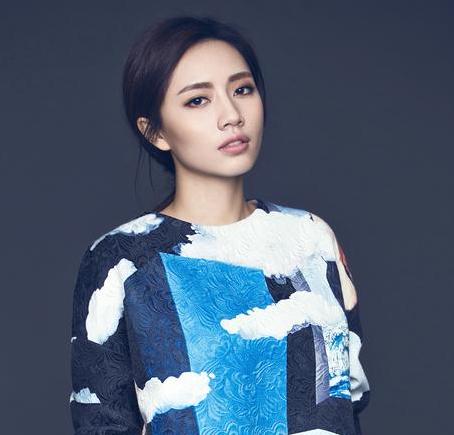 前段时间,刘惜君在音乐类综艺节目《梦想的声音》中惊喜翻唱羽泉的图片