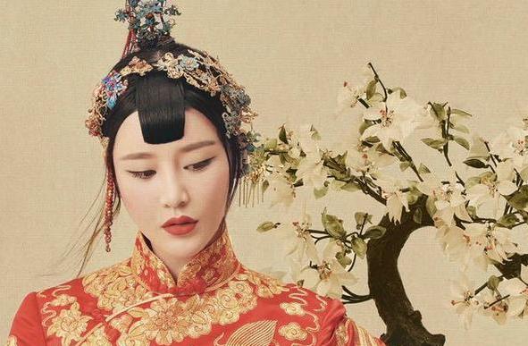 邱璐璠新娘写真 一抹红妆中国风十足(6)
