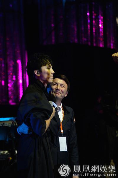 视2017全新音乐节目《歌手》将迎 迪玛希这位自哈萨克斯坦远道而来图片