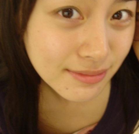 韩国女艺人素颜照:乔妹皮肤紧致