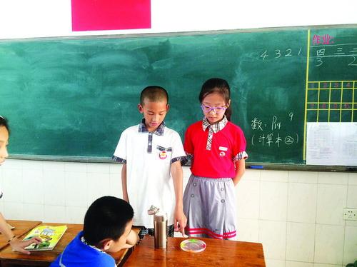 今年秋季起小学一年级开始上科学课 不少难题亟待学校