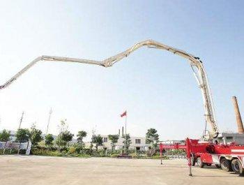 福建首部折叠臂举高喷射消防车 列装厦门消防