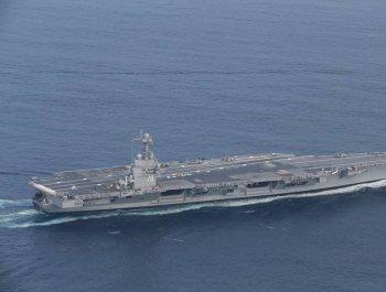 世界最先进航母福特号海试图曝光