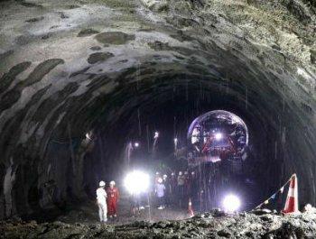 哈牡高铁虎峰岭隧道贯通:刷新中国高寒地区高铁隧道多项纪录