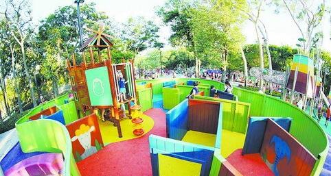 中山公园儿童乐园动物园今日起全新亮相 攀岩戏水走迷宫看动物乐趣