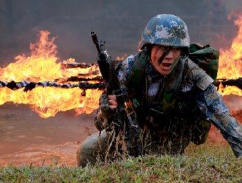 穿越泥潭火网,不一样的海军陆战队!