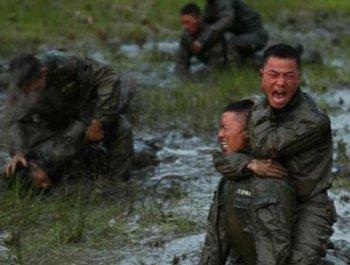 """贵州武警""""魔鬼周""""训练锻造特战尖兵"""