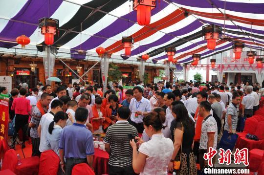 """百年红茶""""坦洋工夫""""发祥地福建福安获称""""中国红茶之都""""迪拜扭曲塔"""