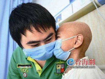 儿子患重病 坚强父亲6年不放弃