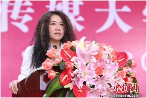 """王潮歌中国传媒大学演讲 我要我的疯系人生"""""""