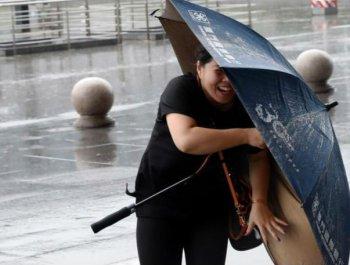 """台风""""安比""""登陆 上海时隔29年再遭正面袭击"""
