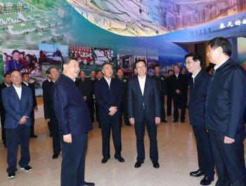 习近平参观庆祝改革开放40周年展览