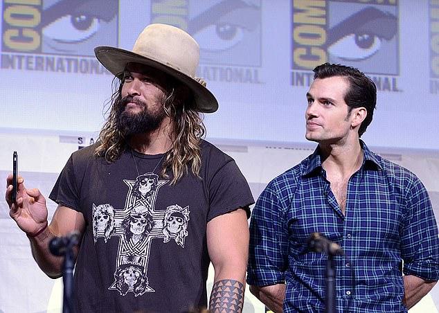 《海王》男主杰森莫玛否认卡维尔不演超人传闻