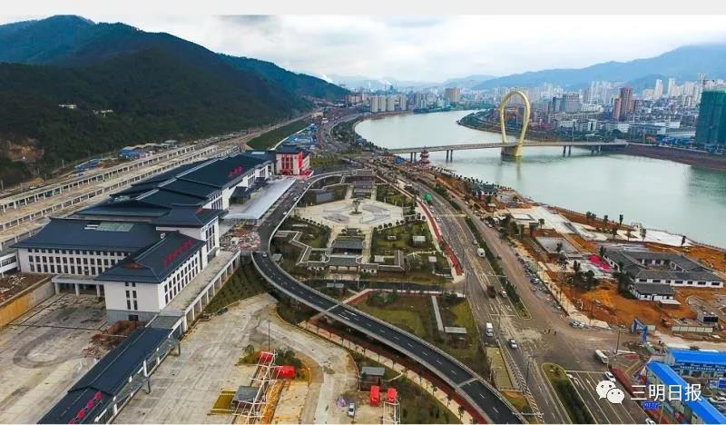 南龙铁路开行客车即将增至23对 据此前公布的计划,1月5日正式图实行后,南龙铁路将安排开行客车23对,其中直通8对,管内15对;直通8对中,通过2对、始发6对。 23对客车中实际新增日常线10对,改经由9对,新增高峰线4对。 调整经由后,三明到上海5小时、压缩11.5小时;到南京7小时;到成都11.