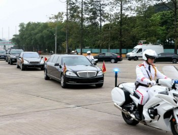 金正恩离开河内 乘专列返回朝鲜