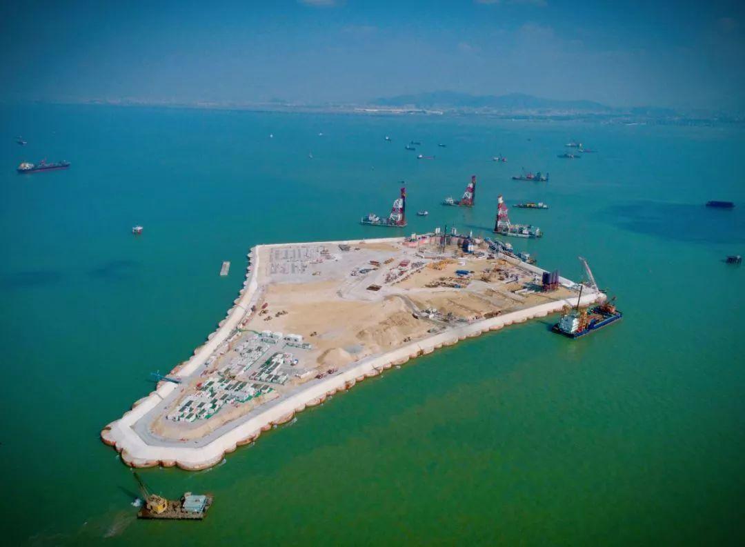 又一超级工程开创世界先例!难度超越港珠澳大桥