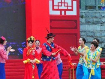 """""""客家祖地""""举办民俗展演狂欢节"""