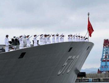 海軍艦艇編隊返航赴母港歸建