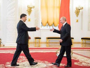 習近平推動中俄關系走進新時代