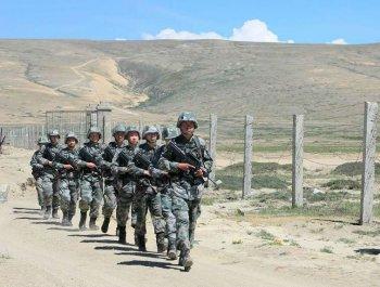 巡邏在海拔4900米高原邊境線上