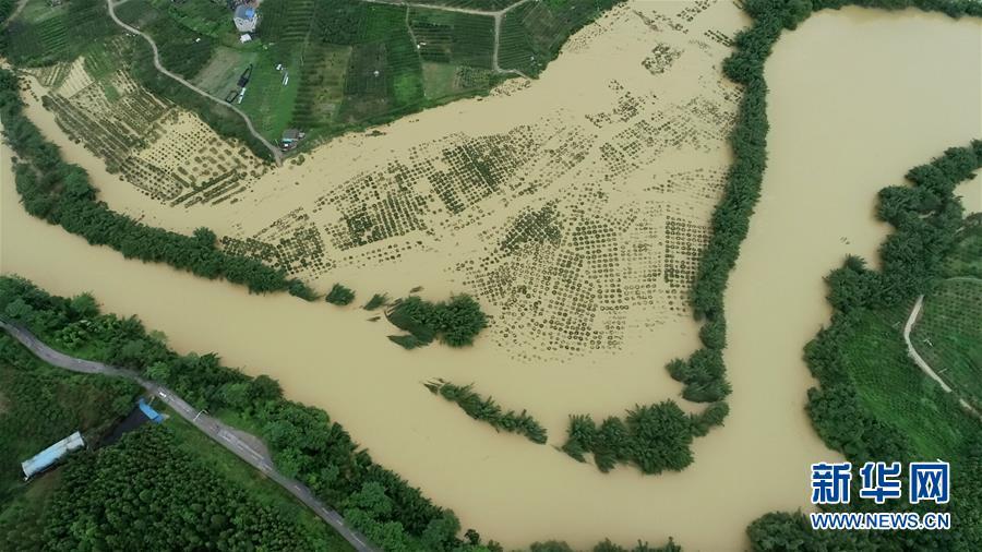 超警!灾情紧急!南方地区全力抗击洪涝灾害(2)