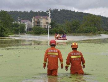 孤岛救援:小村庄的彩票抗洪6小时