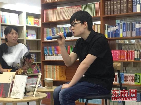 90后盲人作家吴可彦 推出短篇小说集《小梦》