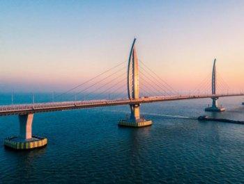 """港珠澳大桥:桥梁界的""""珠穆朗玛峰"""""""