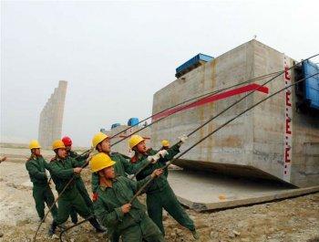 重大国家工程中的人民子弟兵