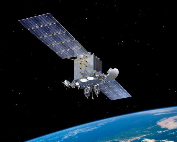 资料图片:日本政府使用的侦察卫星示意图 但是,发射1颗卫星就需要花费400亿至500亿日元,仅靠自己发射卫星来增加卫星数量是很困难的。防卫省认为,如果使用民间卫星,有可能在控制费用的情况下增加卫星数量。