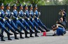 国庆阅兵这个方队352人,年龄最大的59岁!他们是这样训练的(4)
