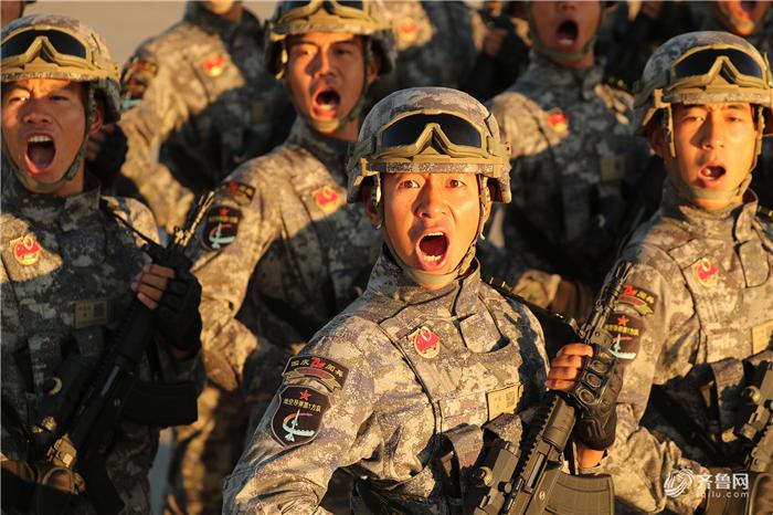 """太燃了!国庆""""大阅兵""""是最震撼人心的爱国主义教育"""
