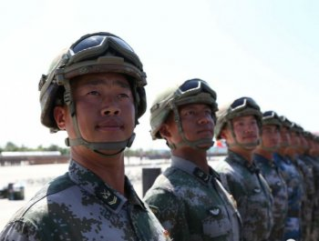 7位男神从阅兵现场荣耀归建福州连江